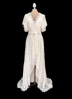 Wrap Wedding Dress, Wedding Wraps, Lace Wedding, Dream Wedding, Wedding Ideas, Wedding Bells, Wedding Stuff, Wedding Gowns, Stunning Dresses