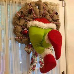 The Grinch, Grinch Stole Christmas, Christmas Door, Christmas Wreaths, Christmas Crafts, Christmas Ornaments, Christmas Ideas, Burlap Ribbon, Burlap Wreath