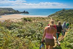 Walk grade: Easy. Route type: Circular. Suitable for: All. Terrain: The walk covers sandy slopes, stepping stones, grassy slopes, natural rock steps, dune scrambles …