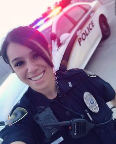 Here's some BIG reasons to smile Photos) Police Uniforms, Girls Uniforms, Female Police Officers, Police Life, Military Women, Reasons To Smile, Sexy Women, Actresses, Support Police
