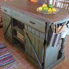 Small Kitchen Makeover pallet island kitchen - Your kitchen island doesn't have to be pricey to be functional and stylish. Many DIYers are repurposing old furniture to create their dream kitchen island. Here are 12 DIY kitchen island ideas to inspire you. Pallet Island, Pallet Kitchen Island, Farmhouse Kitchen Island, Small Kitchen Islands, Kitchen Island Made Out Of Pallets, Dresser Kitchen Island, Pallet Kitchen Cabinets, Kitchen Island Makeover, Pallet Cabinet