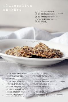 gluteeniton näkkäri4 Bread Baking, Vegan Vegetarian, Healthy Snacks, Cereal, Oatmeal, Vegan Recipes, Breakfast, Fit, Baking