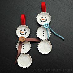 boneco de neve de tampinhas de garrafa