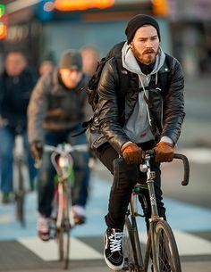 Copenhagen Bikehaven by Mellbin - Bike Cycle Bicycle - 2014 - 0202 Urban Cycling, Urban Bike, Cycle Chic, Bmx, Bike Photography, Outfits Hombre, Cycling Bikes, Cycling Art, Cycling Jerseys