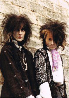 1980's punk-pre-goth - The Veil via theveiluk.com