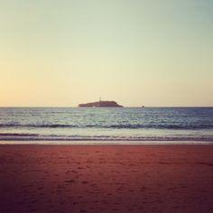 Atardece. #somo #mouro #elpuntal #beach #santander #cantabriainfinita #cantabria #españa #spain #nature #fun #friends #home #beachtime #ig_santander #igerscantabria #ig_spain
