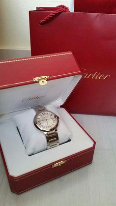 Ballon bleu de Cartier Fashion Watches, Fashion Rings, Fashion Jewelry, Cartier Watches Women, Ariana Grande Fragrance, Luxury Gifts For Women, Dior Purses, Cadeau Couple, Jewelry Accessories