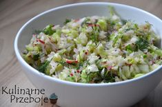 Surówka z młodej białej kapusty i rzodkiewki - KulinarnePrzeboje.pl Simply Recipes, Potato Salad, Cabbage, Grilling, Healthy Recipes, Healthy Food, Potatoes, Baking, Vegetables