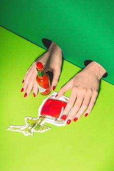 Bloody Mary Nails mit 673 Couture Red Volcano von Artdeco