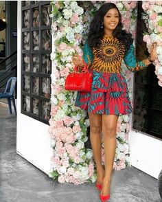 63 Edition Of - New week Trendy Aso ebi style Lace & African Print Outfits for Sept Week Ankara Short Gown, Ankara Dress Styles, Trendy Ankara Styles, Short Gowns, Ankara Gowns, Best African Dresses, African Fashion Ankara, African Print Dresses, African Prints