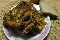 Jak upéct vepřové koleno | recept Pork, Food And Drink, Chicken, Kale Stir Fry, Pork Chops, Cubs