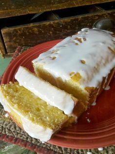 Starbucks Lemon Pound CakeStarbucks Lemon Pound Cake  Kristyn Hartford Food