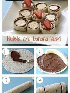 rollos de plátano, nutella y fresa