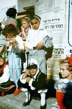 Wonderful Color Photos of Children Celebrating Purim in Israel in 1955
