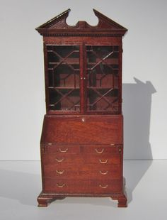 John Hodgson, IGMA fellow - Chippendale drop leaf secretary bookcase; sold on ebay for $1427; see other pin for interior picture