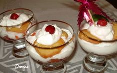 Cheesecake ve sklenici Chorizo, Panna Cotta, Tiramisu, Cheesecake, Cooking Recipes, Pudding, Sweets, Ethnic Recipes, Desserts