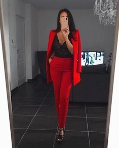 business attire for young women ; plus size business attire Mode Outfits, Office Outfits, Trendy Outfits, Fashion Outfits, Womens Fashion, Red Outfits For Women, Classy Chic Outfits, Night Out Outfit Classy, Red And Black Outfits