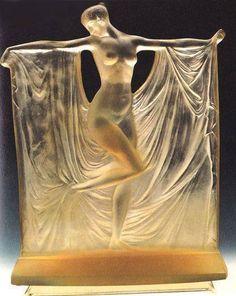 René Lalique (1860 – 1945)