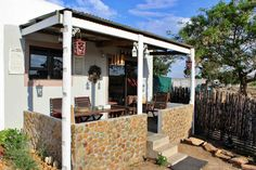 Hermajante Kothuis is situated in the small town of Moorreesburg and is ideal for a tranquil getaway in the countryside.