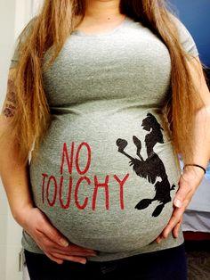 Disney Pregnancy Shirt, Disney Maternity, Cute Maternity Shirts, Stylish Maternity, Baby Momma, Baby Love, 20 Weeks Pregnant, Disney Races, Kids Fever