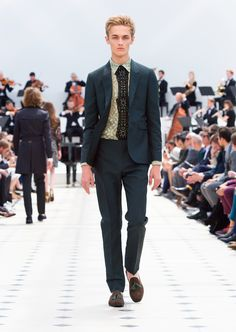 Burberry Spring/Summer 2016. Wool mohair tailored jacket and trousers in emerald, pale green cotton lace shirt
