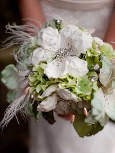 Love the sparkles in this bouquet