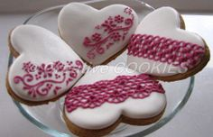 Purple on white hearts | Cookie Connection
