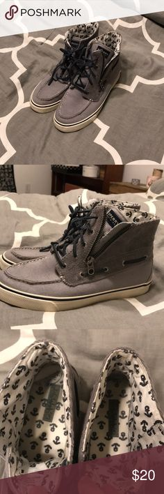 Woman's high top sperries size 9 Light gray. Great conditions, worn a handful of times. 20 dollars OBO. :) Sperry Top-Sider Shoes Sneakers