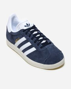 Buy at Naked. Color: Trace Blue. Article number: BY9353. Supplying girls with sneakers since