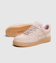Nike Air Force 1 LV8 - find out more on our site. Find the freshest in trainers and clothing online now.