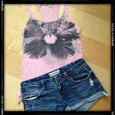 XXI pink flower tank Pink XXI racer back tank with flower design. Forever 21 Tops Tank Tops