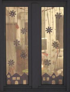 flocons en feutrine - maisons découpées dans du papier - [blog Prune & Violette]