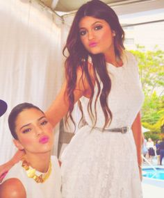 Kendall Jenner and Kylie Jenner! XOXO