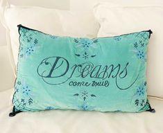 Un autre petit message positif et inspirant. ✨ Message Positif, Cosy Home, For You, Bed Pillows, Projects, Home Decor, Splash Of Colour, Other, Pillows
