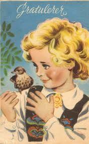 George Andreas Schumann ble født i Sarpsborg 12. mars 1909 og er utdannet ved Statens Håndverks- og Industriskole.  Han tegnet mange typer kort, julekort, dyrekort, motiver med barn, bunadskort, nyttårskort, påskekort og andre postkort.