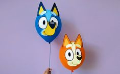 Make your very own Bluey and Bingo Balloons at home with this fun craft activity! The perfect decoration for your next Bluey-themed party! Girls Birthday Party Games, Dog Birthday, First Birthday Parties, First Birthdays, Birthday Ideas, Turtle Birthday, Turtle Party, Princess Birthday, Bingo Party