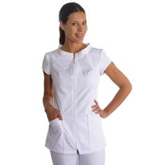 chaqueta manga corta con cremallera dyneke para sanidad, estetica y spa Vet Scrubs, Dental Scrubs, Medical Scrubs, Nursing Dress, Nursing Tops, Nursing Clothes, Spa Uniform, Scrubs Uniform, Medical Uniforms