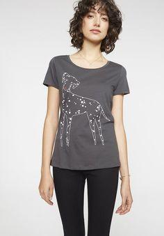 Armedangels T-Shirt »Mari Dotted Dog«, Zertifizierung: GOTS, organic, CERES-008 für 19,90€. Modelgröße: Unser Model ist 1,78m groß und trägt Größe S bei OTTO