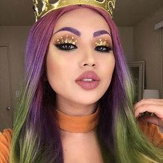 Royalty Had to try the crown eyeshadow Not as complicated as it looks. Wig @powderroomd