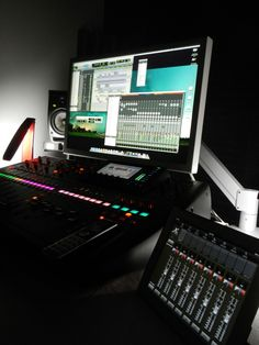 Nice. Behringer X32 40-Input, 25-Bus Digital Mixing Console & X32 Mix iPad Remote Control