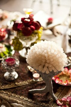 Persian wedding setting / Sofreh aghd / rock candy
