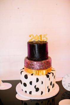 Colorful Kate Spade Inspired NYE Ideas - www. - Caitlin Thomas Photography, {SHE} Shayla Hawkins Events, Flowers: Mocha Rose, Cake: Bella Christies Sweet Boutique Kate Spade Cake, Kate Spade Party, Pretty Cakes, Cute Cakes, Party Like Gatsby, Wholesale Florist, Pre Wedding Party, Spring Cake, Art Deco Wedding