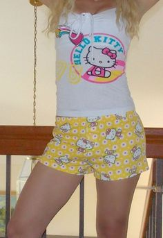 f406cd517 Details about NWT Sanrio Hello Kitty