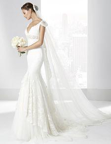 Trajes de novia línea sirena confeccionado en encaje de algodón.