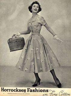 A splendidly pretty floral print warm weather Horrockses dress (May 1953). #vintage #1950s #fashion