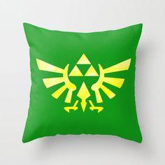 Legend of Zelda Hylian Royal Crest Pillow Cover by foreverwars Yellow Throw Pillows, Diy Pillows, Pillow Ideas, Zelda Gifts, Zelda Birthday, Make Your Own Pillow, Go To Walmart, Video Game Rooms, Geek Games