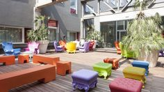 Elevate your stay: nhow hotels are the most surprising and exclusive assets of the NH Hotel Group. Virée Shopping, Nh Hotel, Milan Hotel, Hotel Reception, Interior House Colors, Milan Design, Outdoor Furniture Sets, Outdoor Decor, Cool Rooms