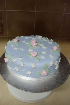 Google Image Result for http://images02.olx.ie/ui/5/84/08/1273228078_92197608_1-Pictures-of--Party-Cakes-1273228078.jpg