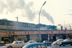 Dampflok am Bahnhof Zoo, 1970 | So sah West-Berlin aus, als es von der Mauer umschlossen war