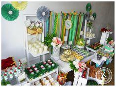 Mesa de dulces | candy bar | bautizo niño | postres | dulces | salado | fiesta | verde | amarillo | www.beKUUKI.com